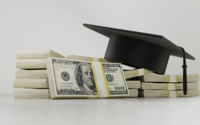 Finding money to pay for college is not difficult.